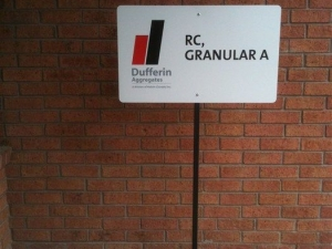 Dufferin Parking Sign