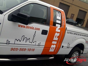 Commercial truck decals Oakville