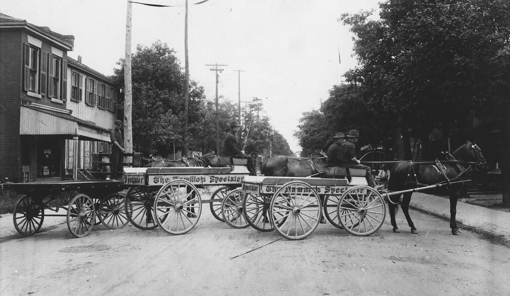 1900 Hamilton Spectator Vehicle Graphic