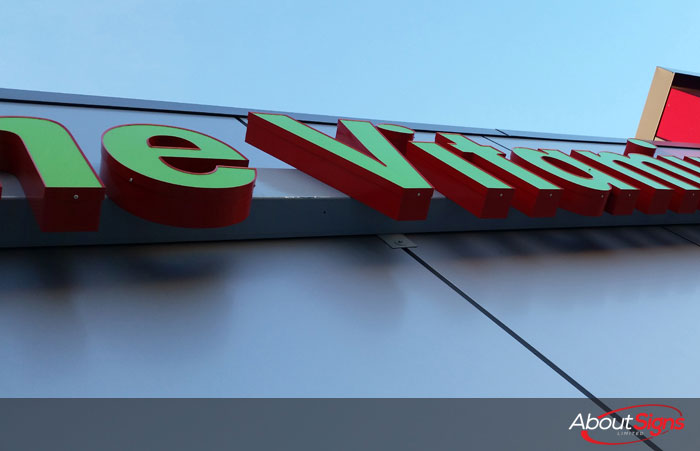 LED illuminated 3D Letters are the new standard in the Burlington, Oakville, Mississauga area